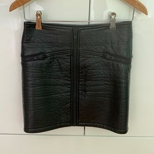 Hm divided us 6 leather skirt